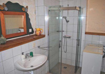 Vakantiehuis, Four à pain, badkamer