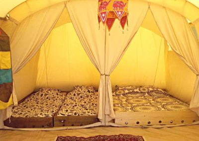 auvergne-brenazet-camping-tunneltent-interieur