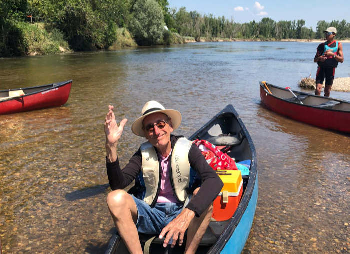 Brénazet, activities, kano and picknics at the beautiful river Allier